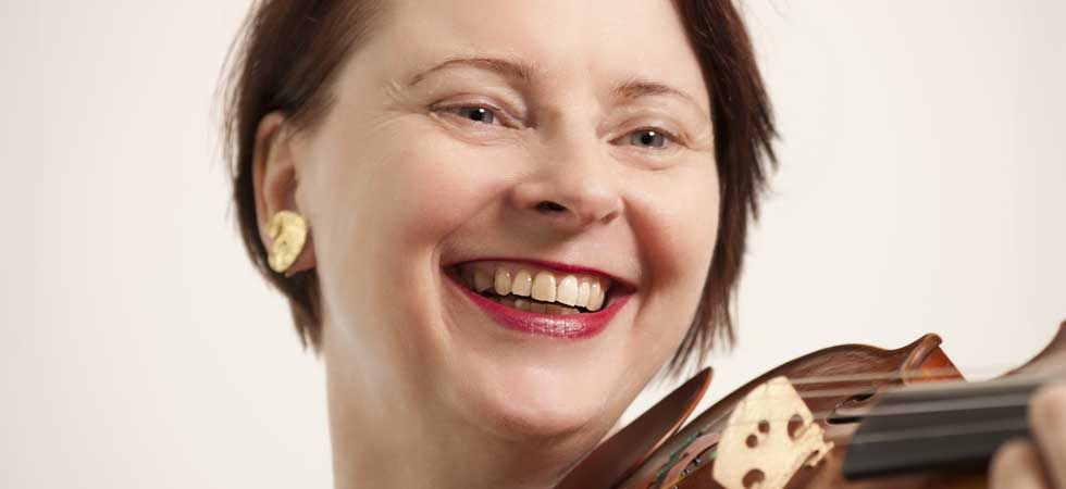 Sophie Langdon leading classical violinist and teacher